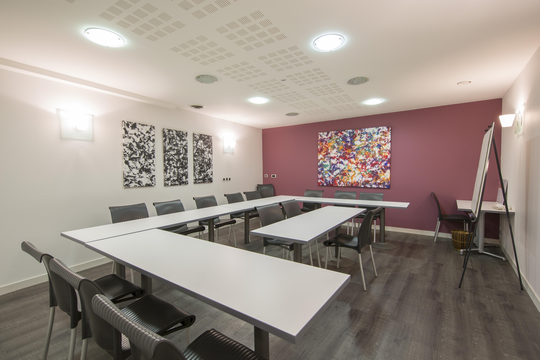Salle De Seminaire Hotel Des Lices A Rennes 3 Etoiles