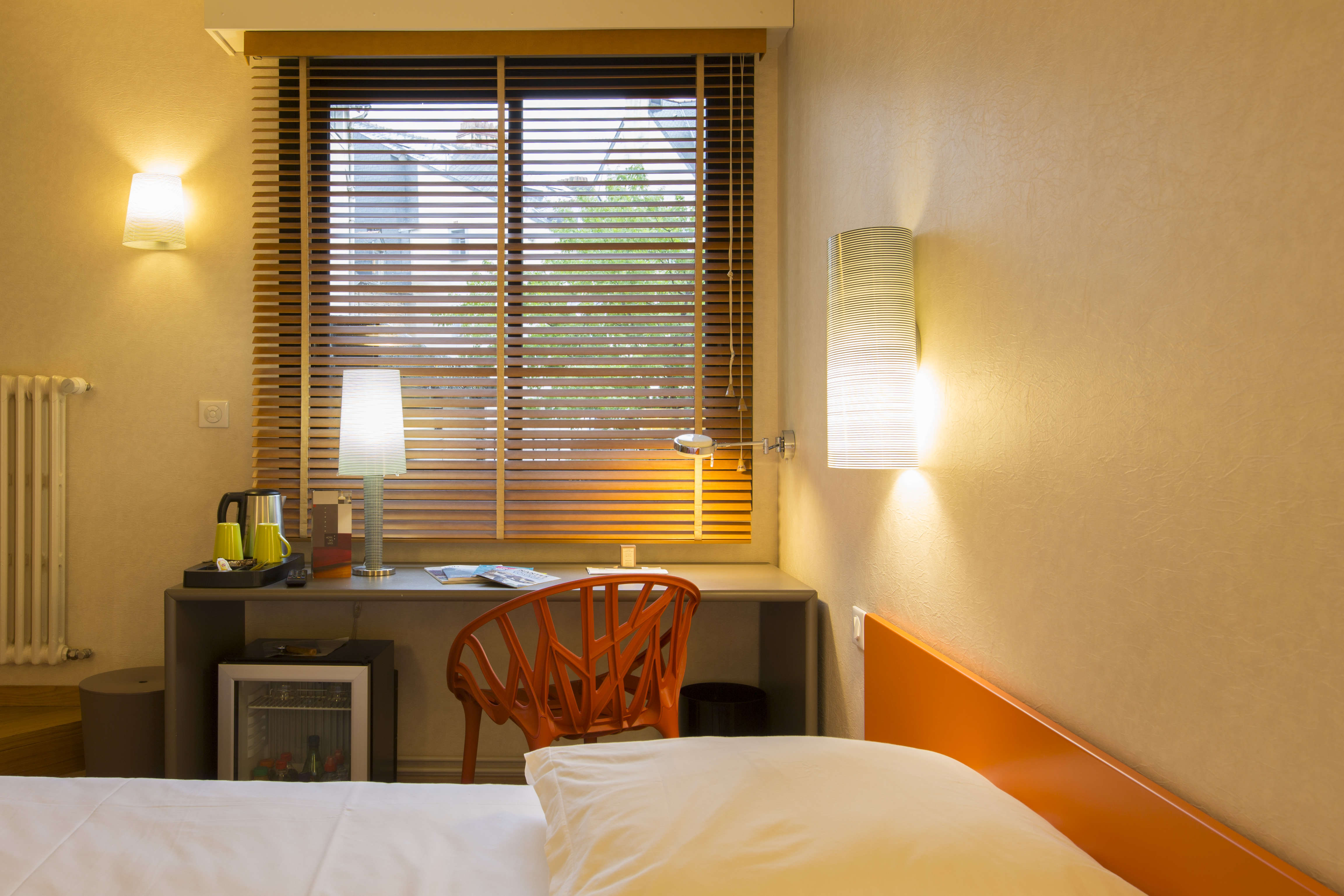 H tel des lices chambre prestige dans le centre de rennes for Derniere chambre hotel