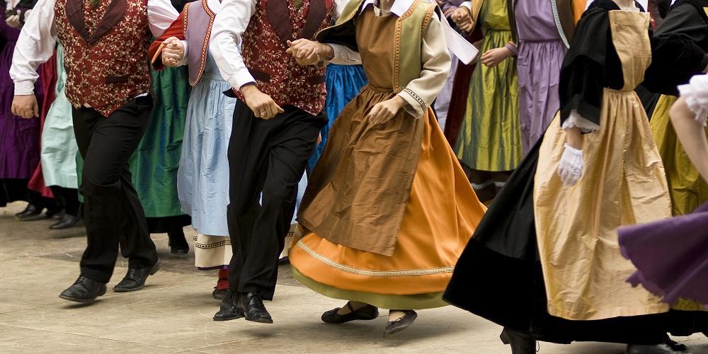 danses bretonnes hotel lices